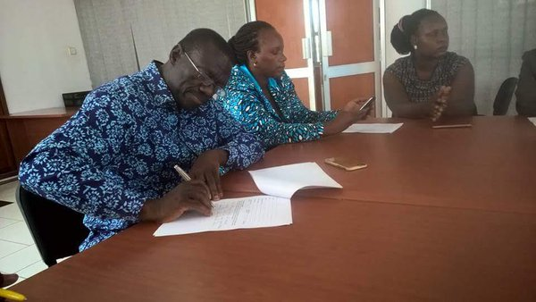 Besigye and Ingrid file complaints to the Human Right Commission recently. PHOTO WatchDogUganda