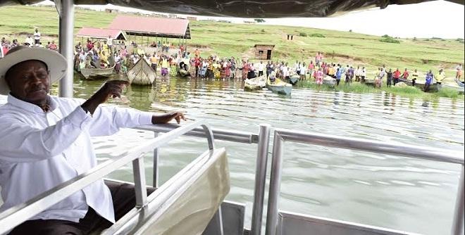 Museveni boat 1