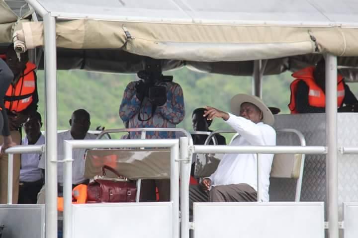 Tourist museveni 1
