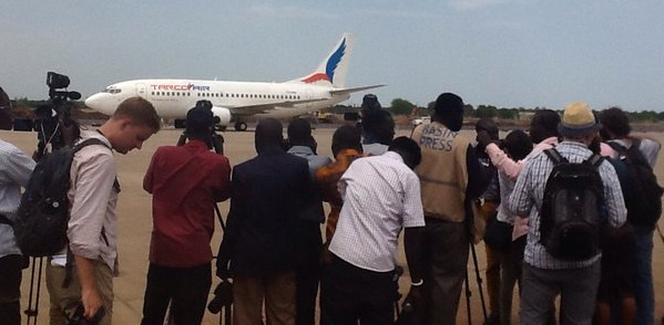Plane carrying Machar troops and his top commander landed in Juba yesterday. ABU DENG PHOTO