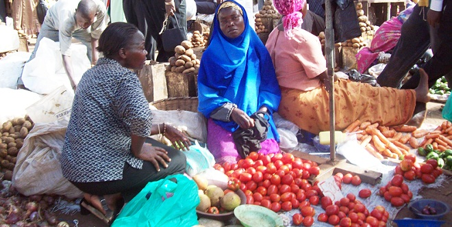 Uganda's economy is dominated by the informal sector like these market venders. Experts have advised government to give incentives to the informal sector so as to grow the country's tax base