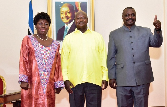 "Kadaga, Museveni and Oulanya agreed to a ""no change"" agenda in parliament. PHOTO BY PPU"