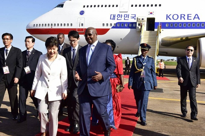 South Korean President Park Guen-Hye was received by Foreign Affairs minister Sam Kutesa,