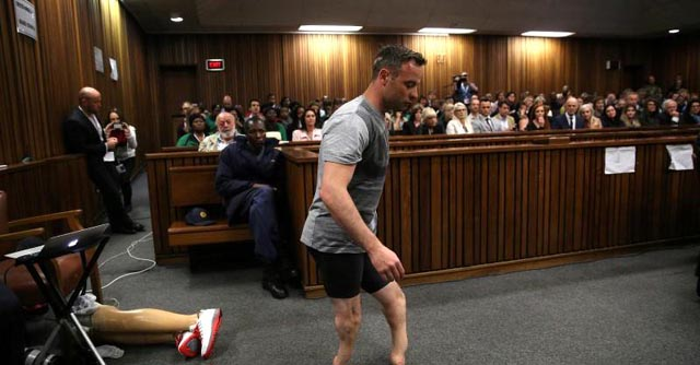 Pistorius labours to walk on stumps in court during his sentence hearing. Photo via @Reuters