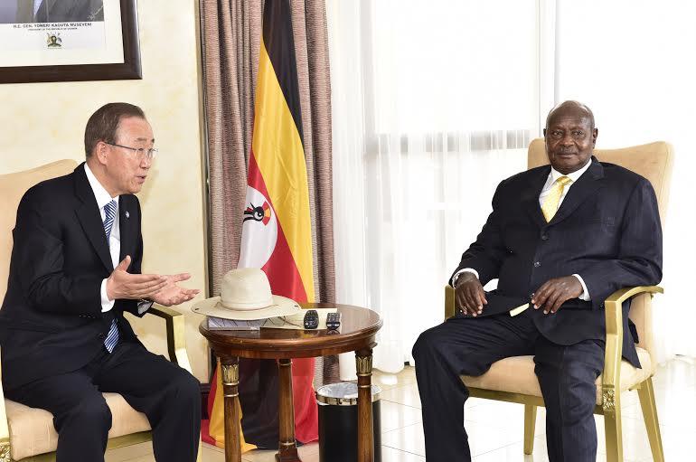 AU Museveni with Ban 1