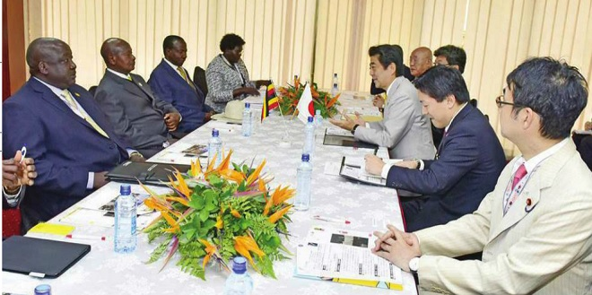 President Museveni 2nd left meets a delegation led by Japanese Prime Minister Abe in Nairobi