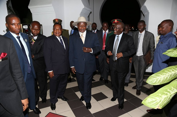 Museveni and Magufuli before a meeting on Wednesday. Museveni is already in Dar for the EAC Summit. PPU PHOTO