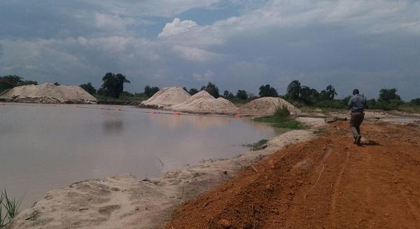 sand-mining-3