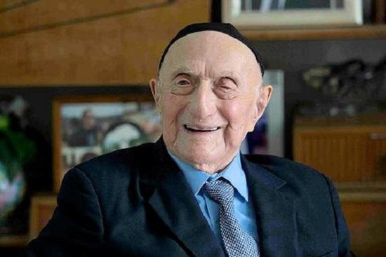 world-oldest-man