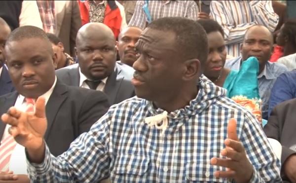 besigye-back