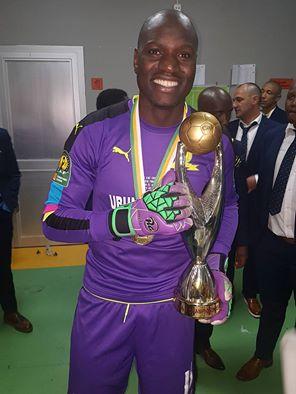 onyango-with-trophy