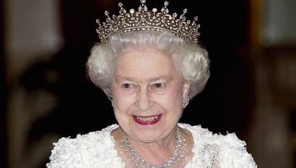 queen-eliza