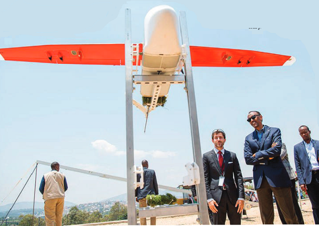Un Fusil Anti-drone Capable De Désactiver Des Drones à Distance - Meilleur Mobile