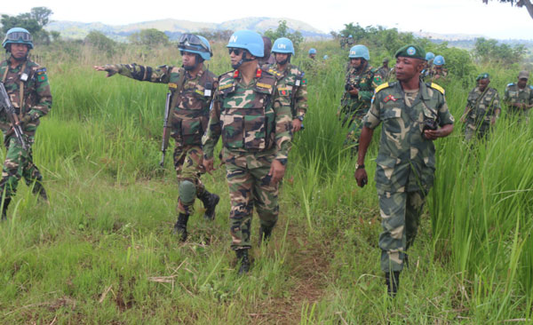 Suspects in deaths of UN experts presented in Congo court
